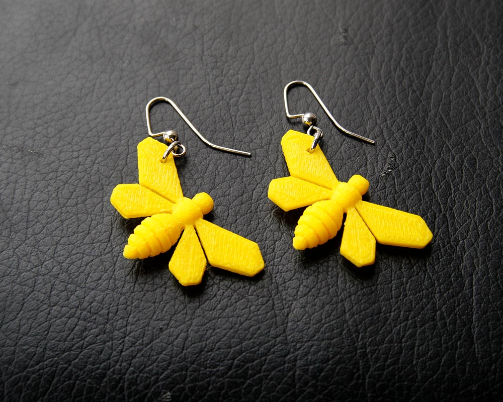 Bee Earrings Pic_1